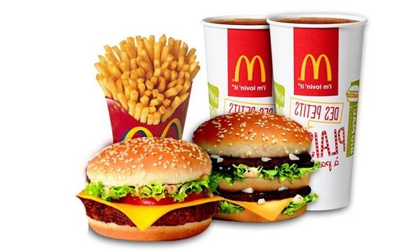 Un régime sans graisse est-il possible en allant au fastfood?