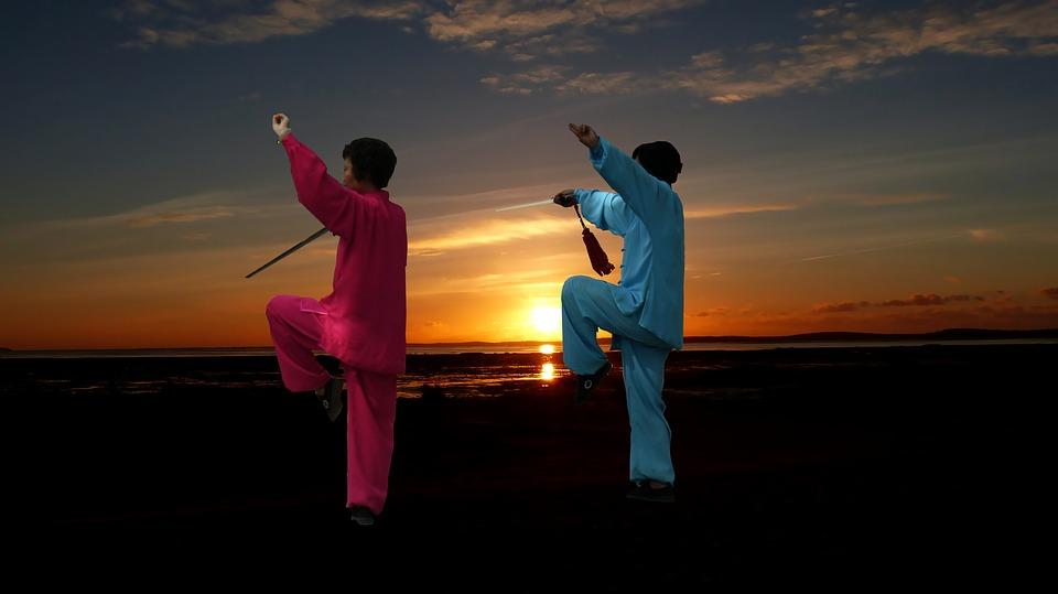 Pratiquer le tai-chi : une solution pour préserver son bien-être