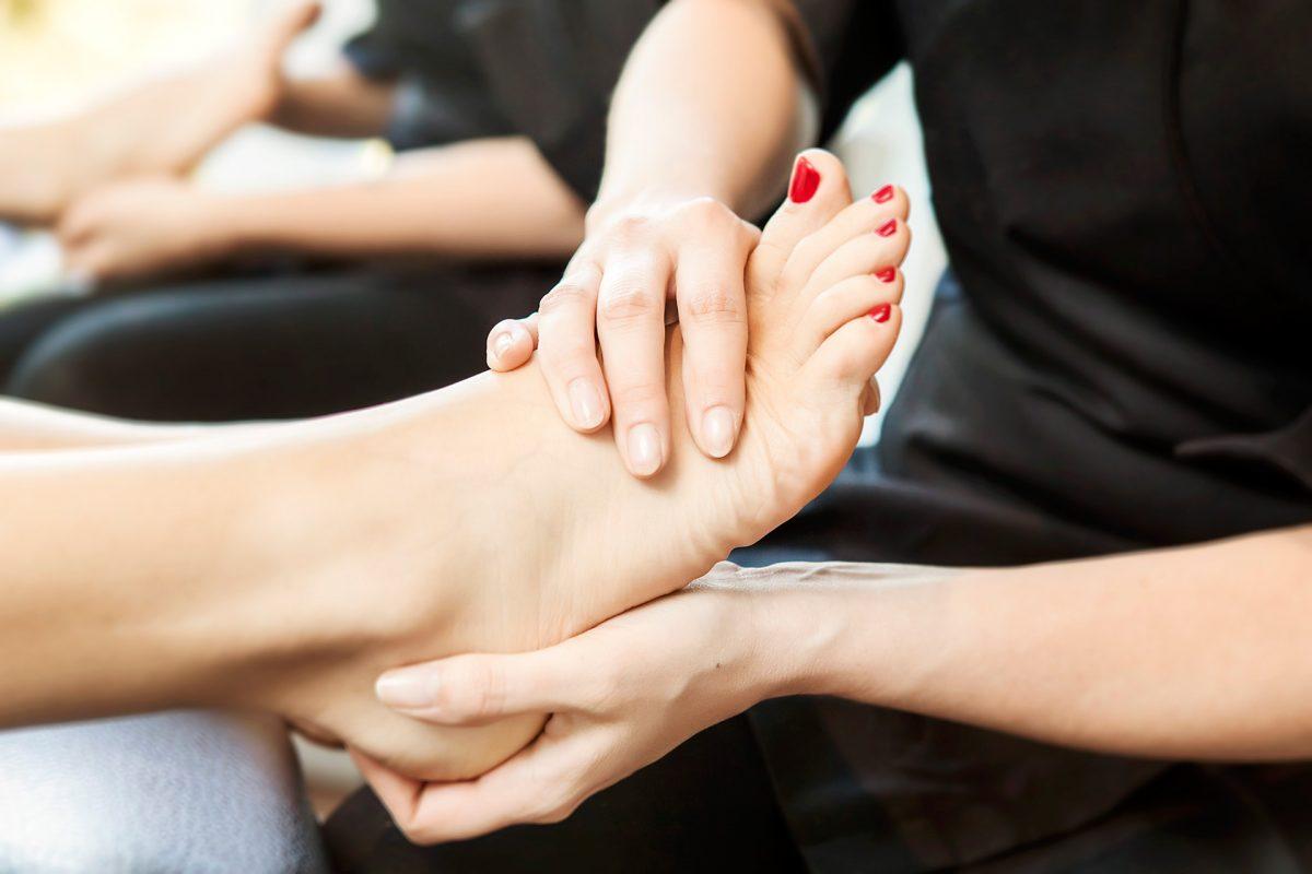Soins et hygiène élémentaire des pieds