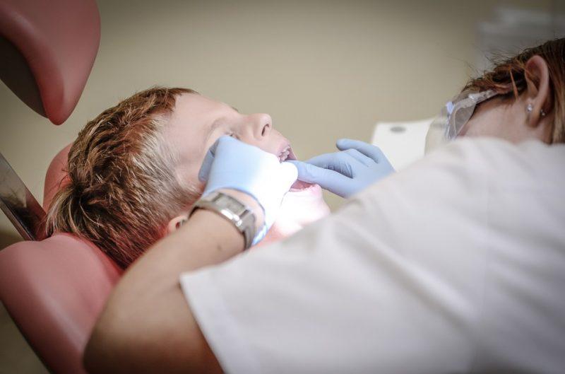 Les facteurs à considérer pour choisir un bon dentiste pour toute la famille