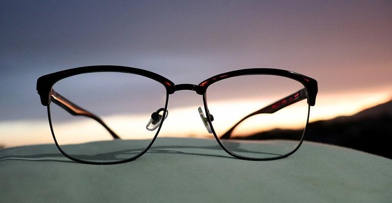 Quelles lunettes de vue choisir pour son visage ?